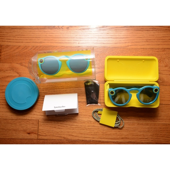 ed58cb67c4 NWT Snapchat Spectacles 1st Generation - Teal
